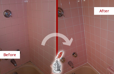 Before and After Picture of a Farmers Branch Bathtub Caulked to Eliminate Mold