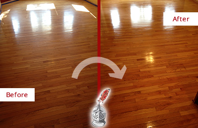 Before and After Picture of a DeSoto Wood Sandless Refinishing Service on a Room Floor to Remove Scratches
